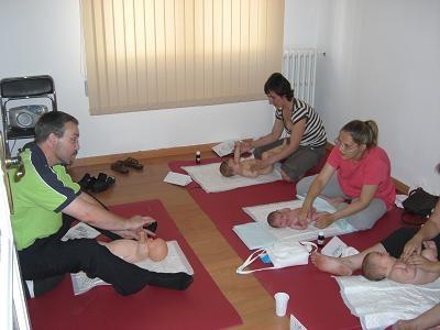 Masaje infantil curso.JPG